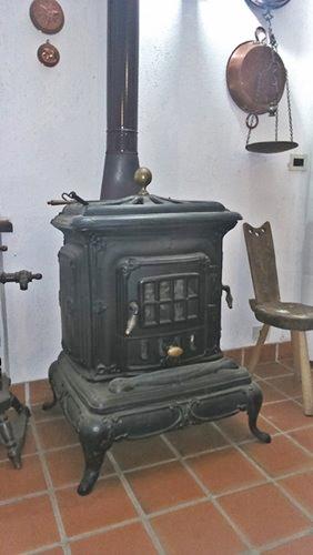 Cucina A Legna Usata Piemonte.Le Stufe Usate