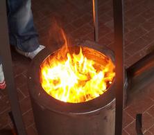 IMMAGINE: Combustione In Prototipo Di Stufa Senza Canna Fumaria